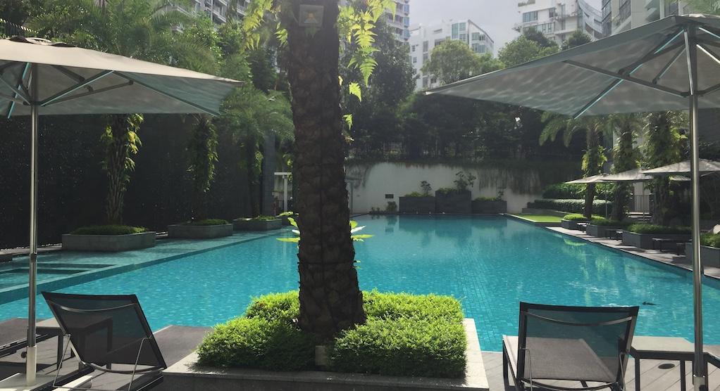 リゾートホテル並みのプール