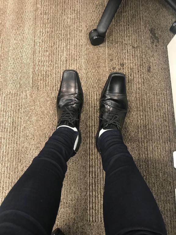 ギプス除去後初のデニムと靴に感動!