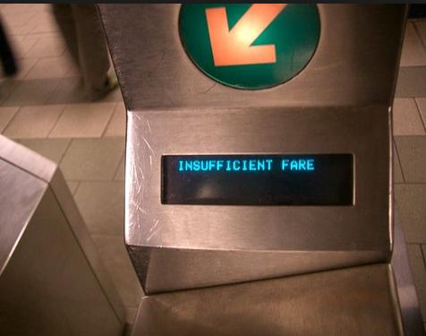 カード残高が足りない時「Insufficient fare」のエラー