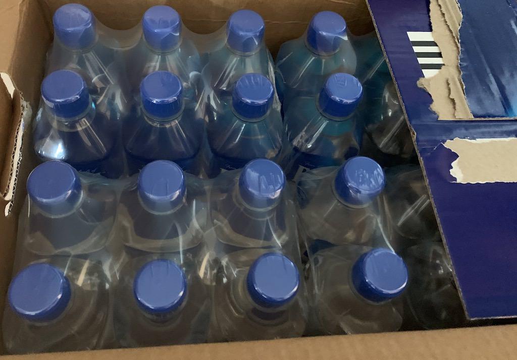 甘くて滑らかで美味しいシリカ水のフィジーウォーター大量買い