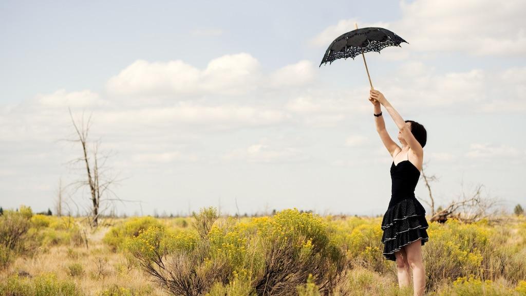 女性が一年中日傘差してるのをバカにしちゃいけない!アホは男性の方!